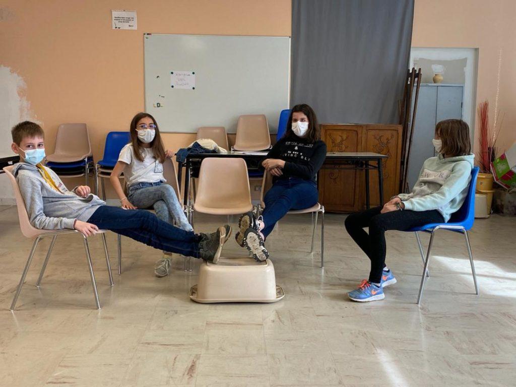 jeunes activite theatre